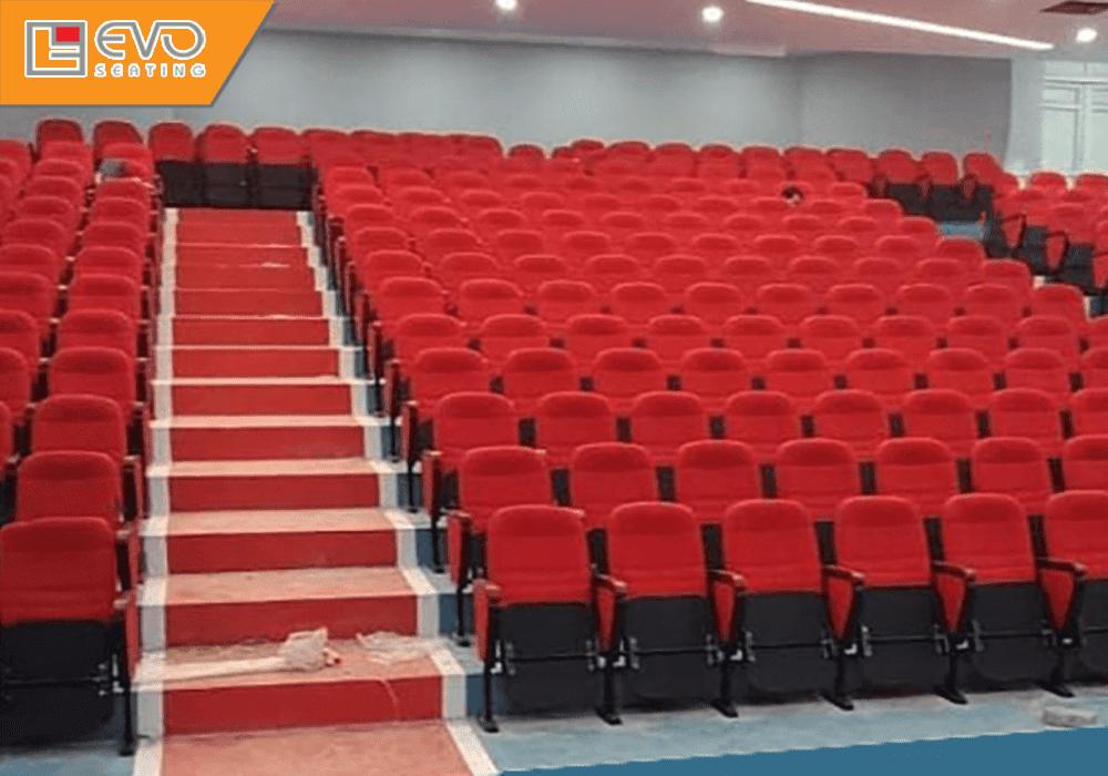 Dự án ghế hội trường tại trường Cao đẳng nghề Việt Xô số 1 (2)