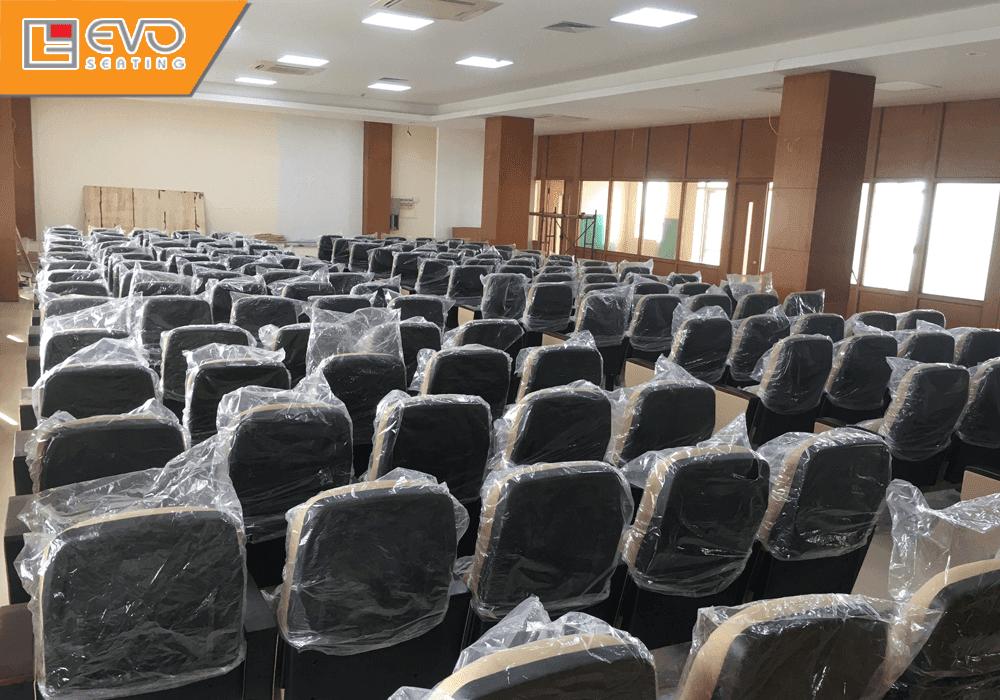 Dự án ghế hội trường tại Ngân hàng Nông nghiệp và Phát triển Nông Thôn Sóc Sơn (3)
