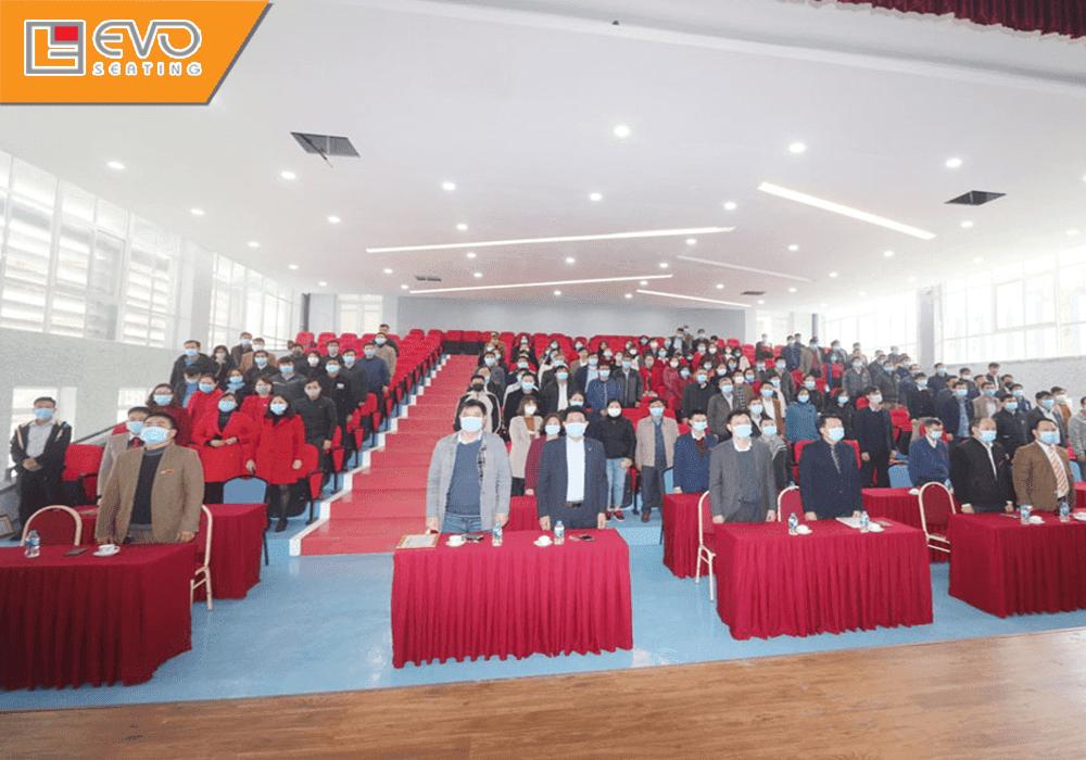 Dự án ghế hội trường tại trường Cao đẳng nghề Việt Xô số 1 (3)